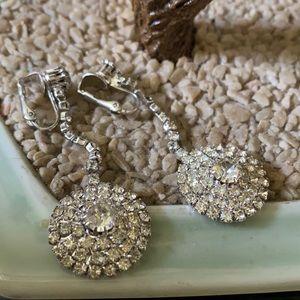 Vintage crystal clip on earring